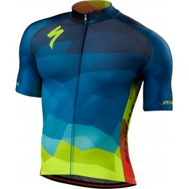 d1fbc5854 Road Clothing from Specialized Concept Store
