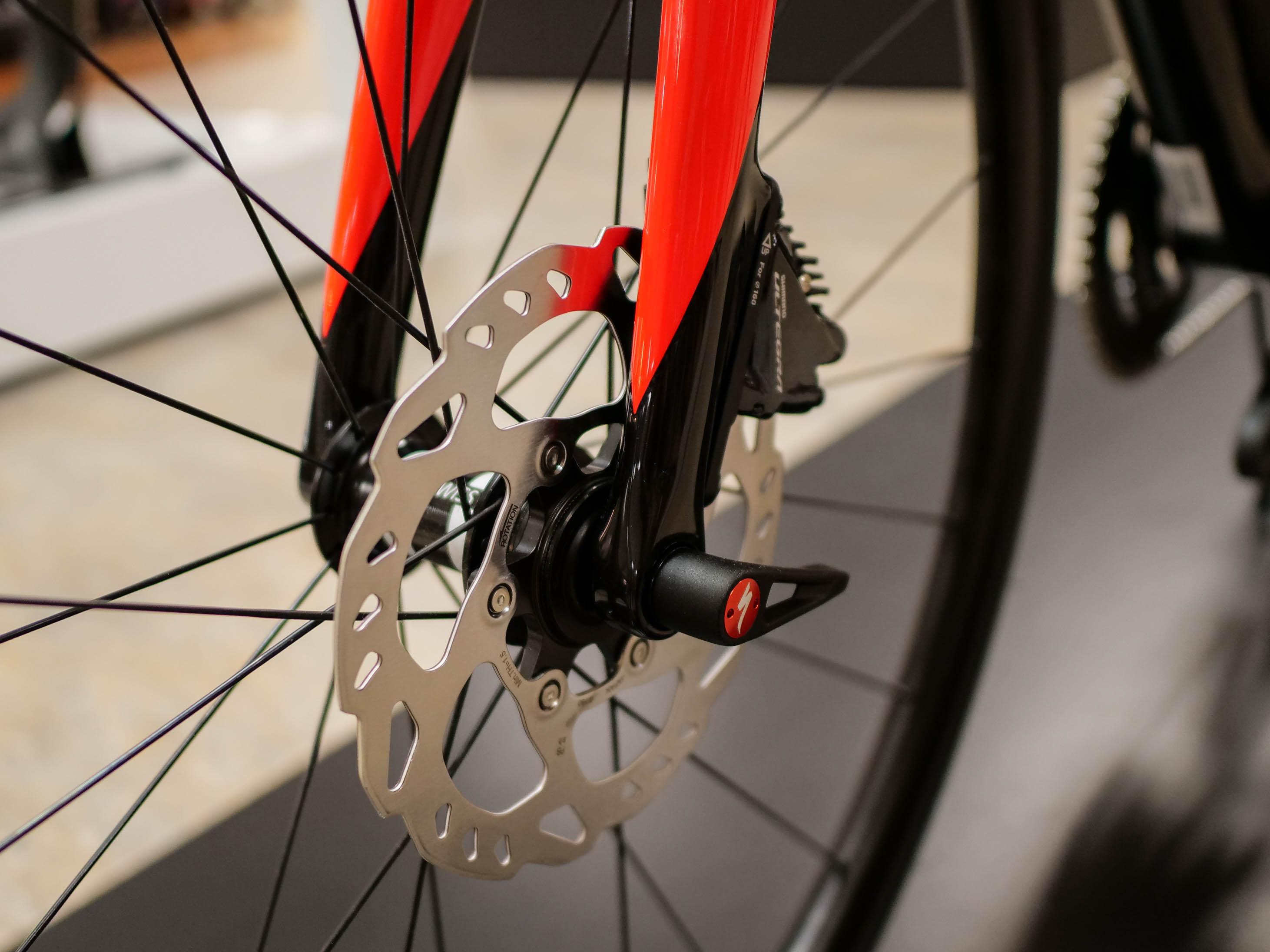 2018 Specialized Roubaix Expert Ultegra Di2 Specialized